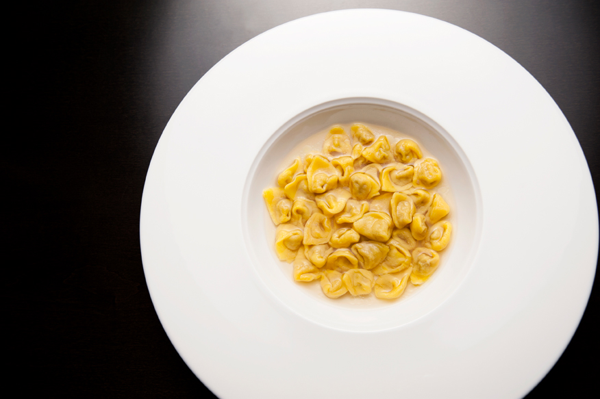 Emporio Armani Restaurant foto Roberta Sardi studioWood Bologna